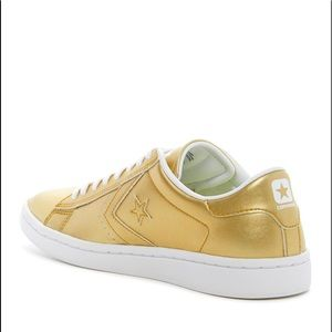 NWT Converse Womens Pro Leather LP Sneaker